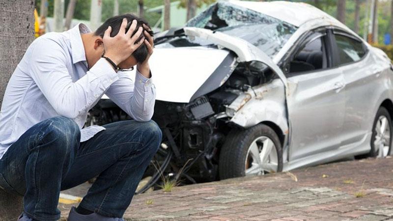 Викуп аварійних авто: до кого звернутися